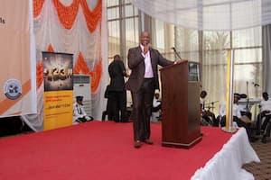 Grand Mentor Award Winner, Mathematics, Nsikak Iyire, giving the vote of thanks on behalf of the award winning teachers