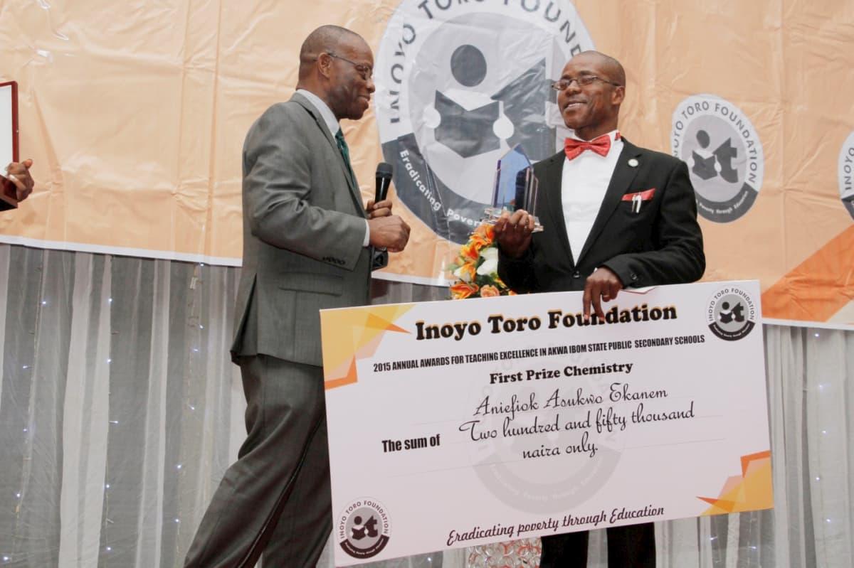 First Prize in Chemistry - Aniefiok Asukwo Ekanem
