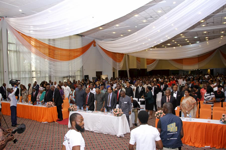 A CROSS SECTION OF THE PARTICIPANTS OF THE EVENT