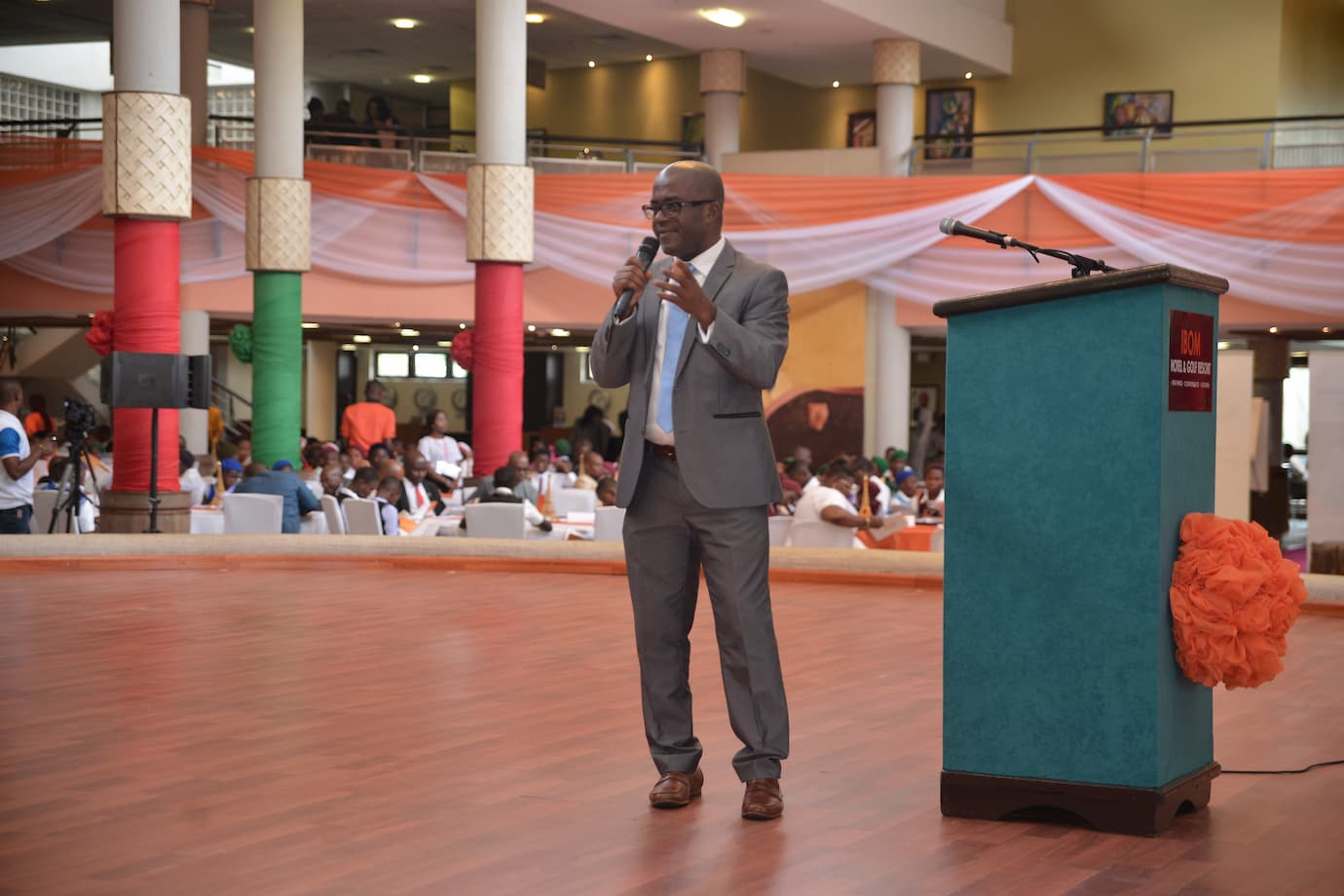 Dr. Titus Udom speaking on what he has done on becoming a mentor