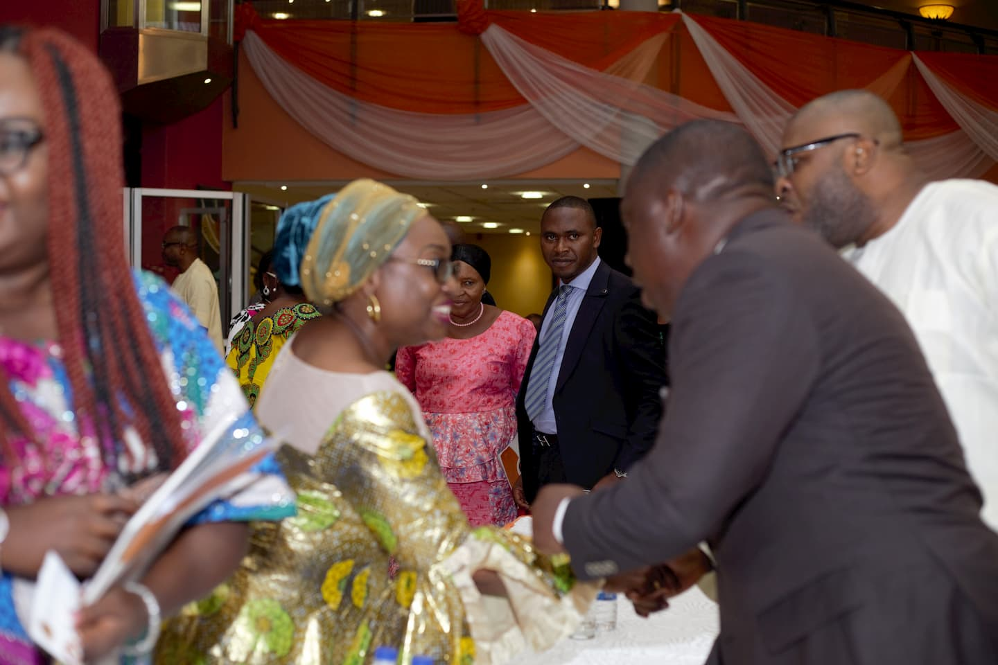 Head of theCivil Service of the Federation exchanging pleasantries