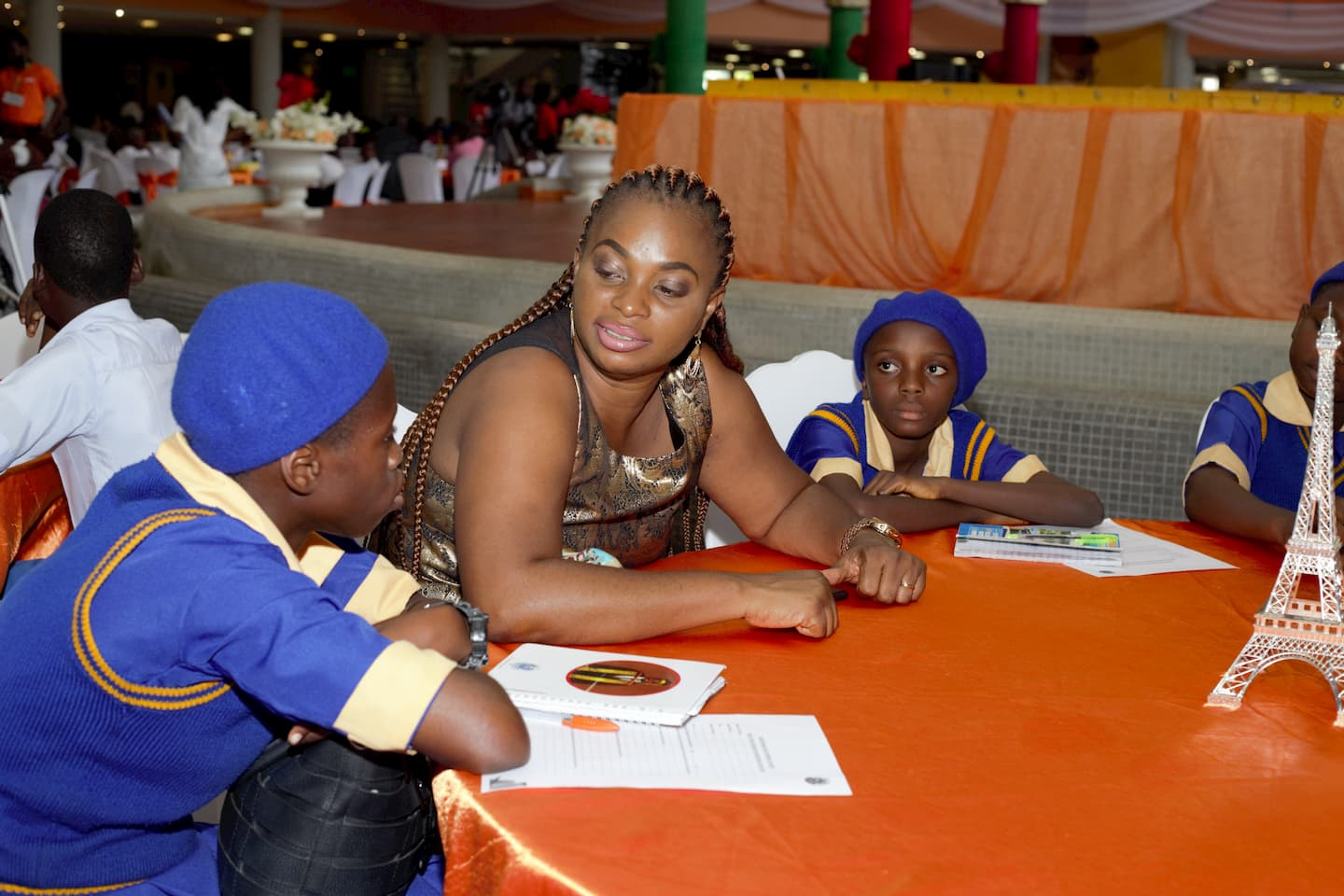 Mrs. Nkoyo Etuk and the students of her adopted school during mentoring